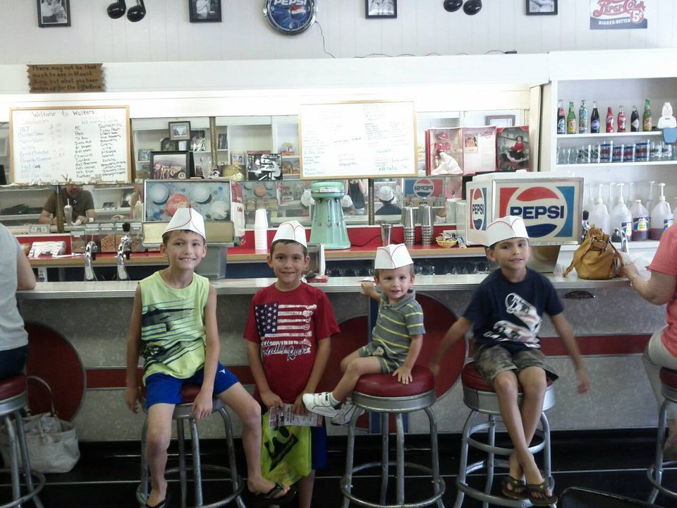 Walkers Soda Shoppe Customers