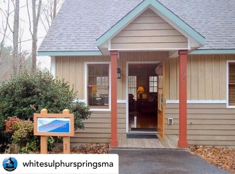 Posted @withregram • @whitesulphurspringsma Get away from it all! The Cabins at White Sulphur Springs are located in the foothills of the Blue Ridge Mountains just 3 miles from historic downtown Mount Airy, and 8 miles from the Blue Ridge Parkway. Our pro