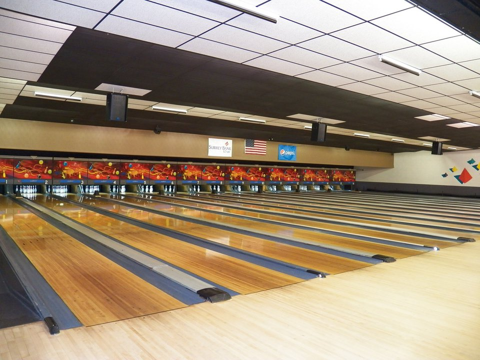 Mount Airy Bowling